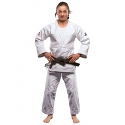 Judo suit Ultimate 750 IJF white Danrho